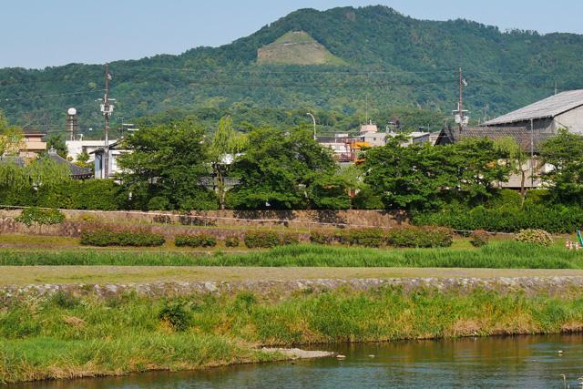 賀茂大橋から見る大文字五山送り火