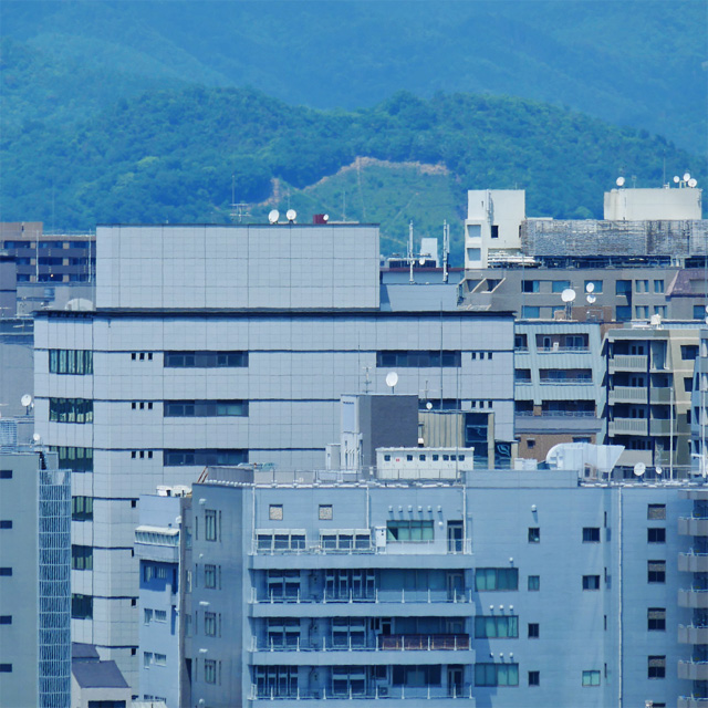 京都駅ビルから五山送り火 妙法の妙