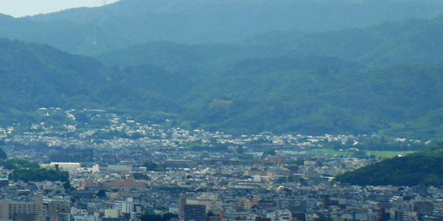 将軍塚市営展望台で五山送り火